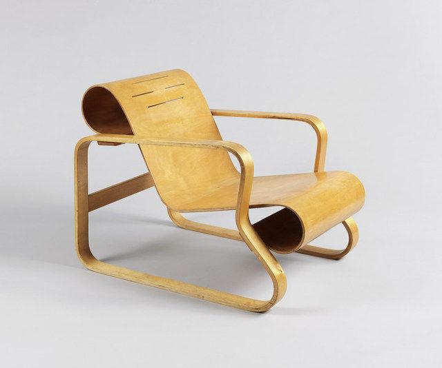 Alvar Aalto's Paimio Chair, 1932.